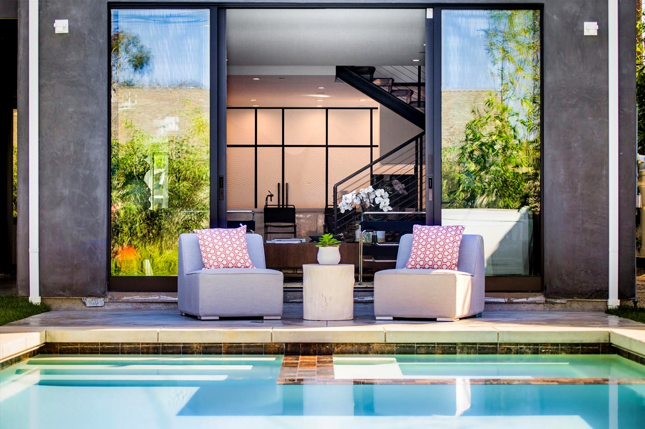 Retro con piscina della Preston House